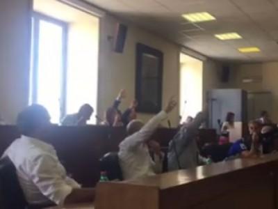 VIDEO Cons. Com. Aversa, approvato l'equilibrio di bilancio, il momento della votazione