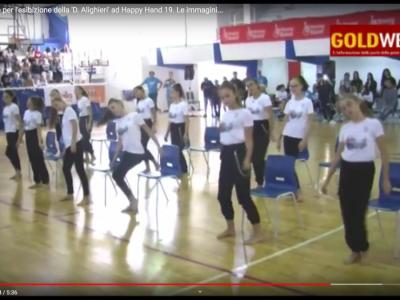 VIDEO. CE. Gran successo per l'esibizione della 'D. Alighieri' ad Happy Hand 19. Le immagini e le interviste
